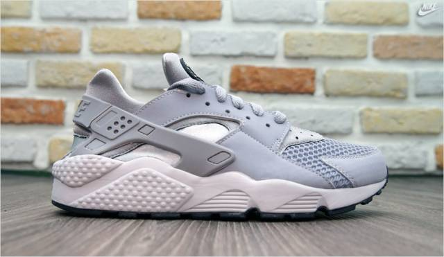 air huarache platinum