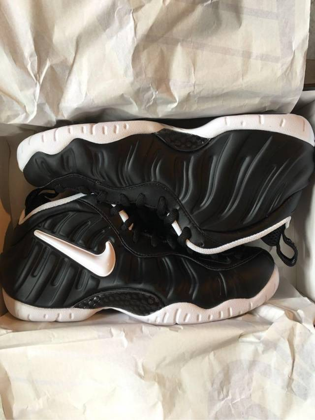 newest 33a79 f9d81 Dr.doom Foams Size 8