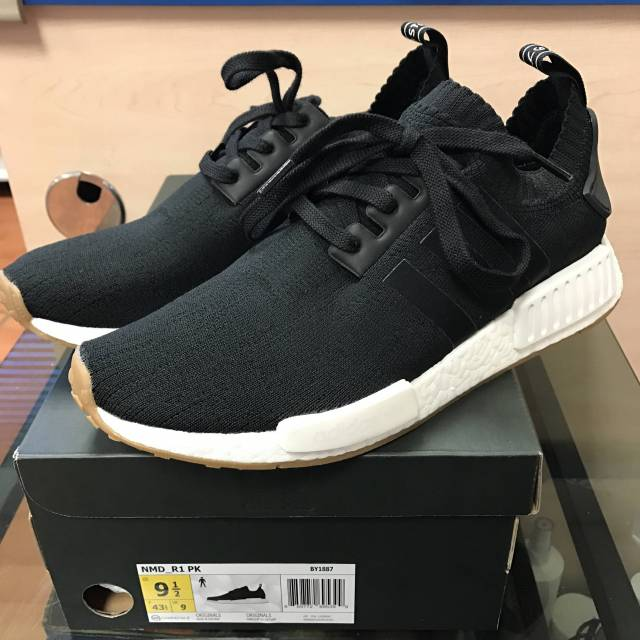c8fc597b24b7b Nm d r1 pk  winter wool  core black Men Flight Club NMD R1 Black