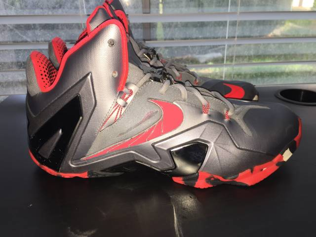 90861e2578a578 Nike Lebron 11 Elite - Team Collection