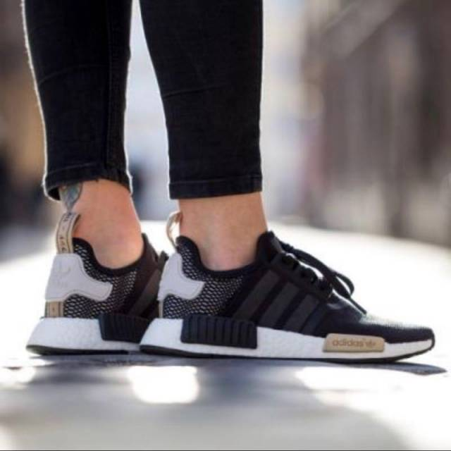 How To Clean Adidas NMD_R1 Wool