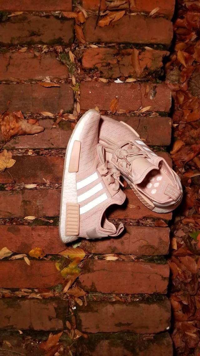 Adidas NMD R1   Ash Pearl Womens (CQ2012)  92839175d9