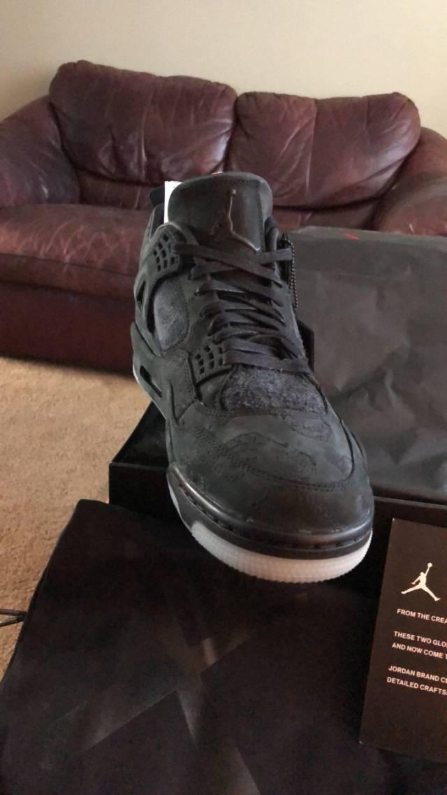 size 40 fcd3f 47ea9 Kaws X Air Jordan 4 Black Size 11.5