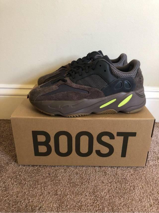 big sale 90501 37b4d Adidas Yeezy Boost 700 Mauve