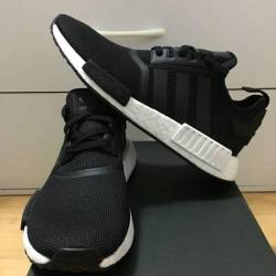 Adidas nmd r_1 core black & wh...