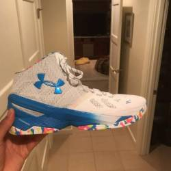 Under armour curry two - surpr...