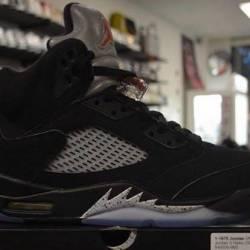 Jordan 5 metallic size 10.5 an...