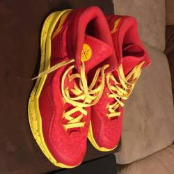 Dwade shoes limited edition