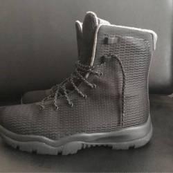 Air jordan future boots size 8...