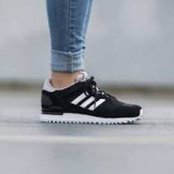 Adidas originals zx 700 w blac...