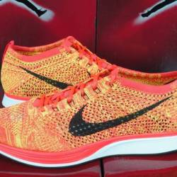 Men's nike flyknit racer brigh...