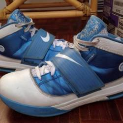 Sample nike lebron zoom soldie...