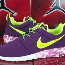 Nike roshe run tech fleece pur...