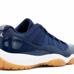 Air jordan 11 low gs navy gum