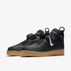 Nike air force 1 utility black...