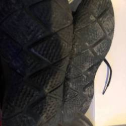 Nike kyrie 4 triple black