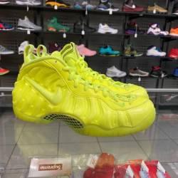 Nike air foamposite pro size 9...