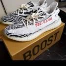 Yeezy boost 350 v2 White/core black /red/zebra
