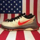 Nike KD 8 Christmas size 9.5